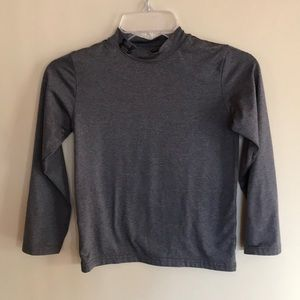 EUC boys Under Armour size S shirt